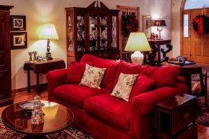 living-room-670240_1920
